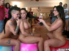 Nikki Delano, Christy Mack and Kendra Lust in fantastic group sex