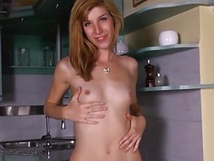 Gyno gaping of sweet czech model
