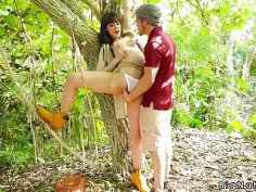 Natural big tits hiker banged in woods