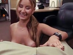 Czech amateur outdoor A Tip for the Waitress