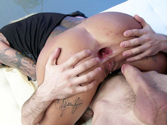Britney Shannon anal fucked and gaped by a huge shaft